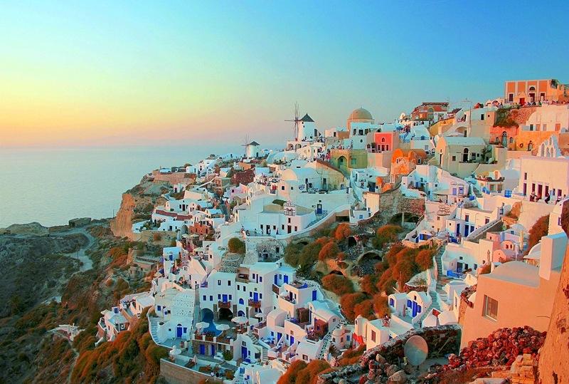 Feel Oia Santorini to the fullest  Santorini Hotels